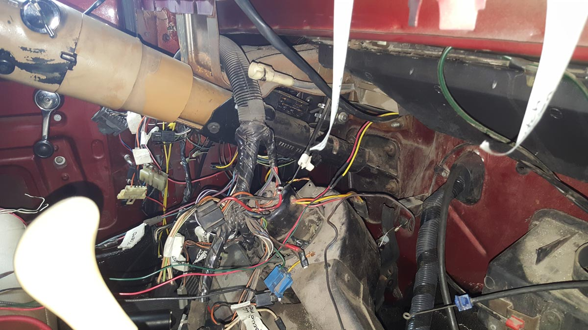 Windshield Replacement Come To You >> 1987 YJ Dash Removal and Harness Replacement - JeepForum.com